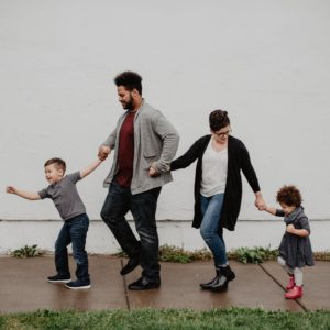 How to Have a Healthy Relationship with your Family?